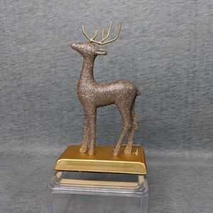 Holiday Memories Deer Decor/ Stocking Holder